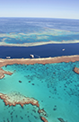 View of the Great Barrier Reef in Queensland, Australia. - Photo: Shutterstock