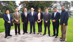 The Vice Minister of Transparency of the Ministry of Public Finance, José Estuardo Juárez, with WB team and international experts at the closing of the WAVES Project in Guatemala
